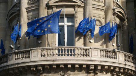 Почти миллион человек стали гражданами ЕС в 2017 году