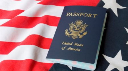 Дональд Трамп намерен отменить возможность получения гражданства США по рождению